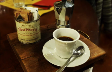 Il caffè come una volta dalla moka al Galeria Antica Trattoria ristorante a Milano
